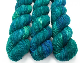 MCN DK Yarn, Hand Dyed, Tonal Yarn, Superwash Merino Cashmere Nylon, Double Knitting Weight, Bliss MCN dk, 100g 231 yds - Serenity *In Stock