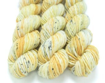 Super Bulky Yarn Merino Nylon, Hand Dyed Yarn, Speckled Yarn, Single Ply, Superwash Hand Dyed, Maizy Super Bulky - Corn Cobweb *In Stock