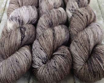 Sock Yarn, Hand Dyed, Speckled, Superwash Merino Nylon Fingering Weight 100 g, Staple Sock - Mushroom *In Stock