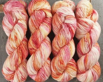 Sock Yarn//BFL Nylon//Speckled//Hand Dyed Yarn//Superwash//Fingering Weight//BFL Staple Sock 100 g / 460 Yards - Sorbet *In Stock