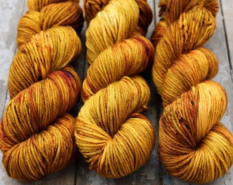 Worsted Weight Yarn, Hand Dyed, Speckled, Superwash Merino, Hand Dyed Yarn 100 g/218 yds, Worsted Yarn- Oh Honey Honey *In Stock