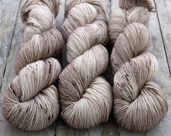 Hand Dyed Sock Yarn Speckled, Superwash Merino Nylon Fingering Weight 100 g, Staple Sock - Crimini *In Stock