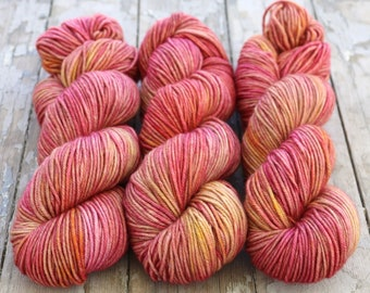 MCN DK Yarn, Hand Dyed, Superwash Merino Cashmere Nylon, Double Knitting Weight, Bliss MCN dk, 100g 231 yds - Rose Tinted Glasses *In Stock