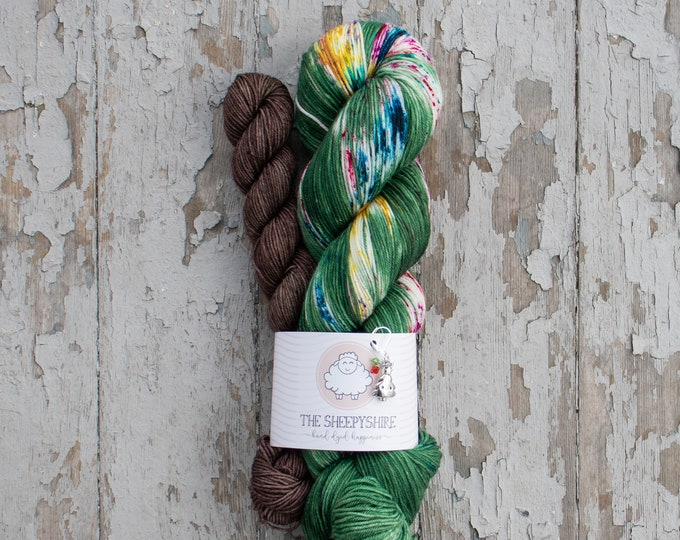 Featured listing image: Sock Yarn Set, Hand Dyed, Speckled, Superwash Merino Nylon Fingering Weight 100g and 20g mini, Staple Sock - Oh Tannenbaum *In Stock
