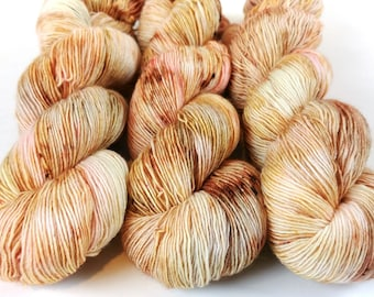 Fingering Yarn Singles Hand Dyed, Specked, Superwash Merino, Fingering Weight Hand Dyed 100g, Shire Singles - Pop The Bubbly *In Stock