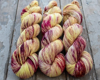 Sock Yarn, Hand Dyed, Speckled, Superwash Merino Nylon Fingering Weight 100 g, Staple Sock - Wildflower 2016 *In Stock