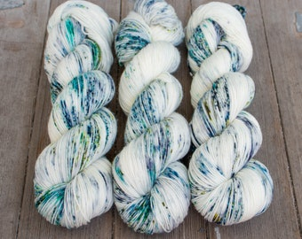 Sock Yarn, Hand Dyed, Speckled Sock Yarn, Superwash Merino Nylon Fingering Weight 100 g, Staple Sock  - By The Sea Shore *In Stock