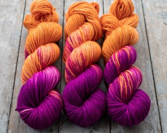 MCN DK Yarn, Speckled Hand Dyed, Superwash Merino Cashmere Nylon, Double Knitting, Bliss MCN dk, 100g 231 yds - Sashay *In Stock