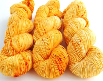 Sock Yarn, Hand Dyed, Speckled, Superwash Merino Nylon Fingering Weight 100 g, Staple Sock - Mac and Cheese *In Stock