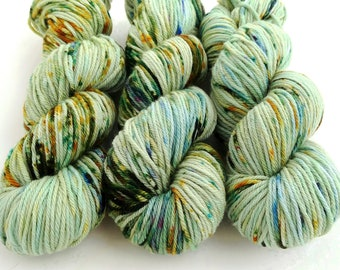 Worsted Weight Yarn, Hand Dyed, Speckled, Superwash Merino, Hand Dyed Yarn 100 g/218 yds, Worsted Yarn- Lichen *In Stock