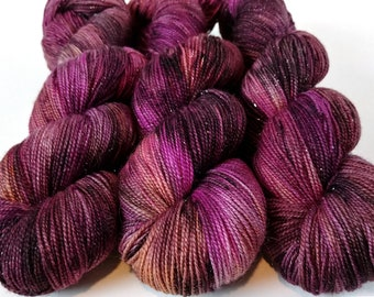 Sparkle Sock Yarn, Hand Dyed, Speckled, Superwash Merino Nylon, Fingering Weight, Pixie Sock 100 g / 438 yds - Elton *In Stock