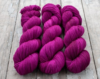 Sock Yarn, Hand Dyed, Semi Solid, Tonal, Superwash Merino Nylon Fingering Weight 100 g, Staple Sock - Stellar *In Stock
