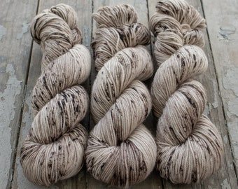 Sport Weight Yarn, Hand Dyed, Speckled, Superwash Merino, 100 g 325 yds, Super Squishy Sport Superwash- White Chocolate Mocha *In Stock