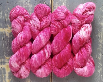 Sock Yarn, Hand Dyed, Speckled, Superwash Merino Nylon Fingering Weight 100 g, Staple Sock - Crinkle Tinkles *In Stock