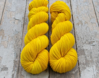 MCN DK Yarn, Speckled Hand Dyed, Superwash Merino Cashmere Nylon, Double Knitting, Bliss MCN dk, 100g 231 yds - Walking On Sunshine *In Stoc