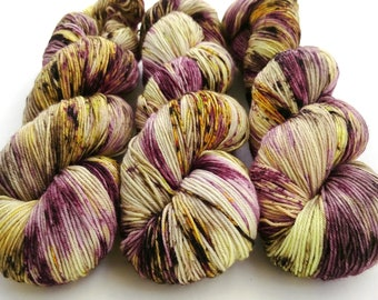 Hand Dyed Sock Yarn, Speckled, Superwash Merino Nylon Fingering Weight 100 g, Staple Sock - Roll In the Hay *In Stock