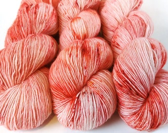 Fingering Yarn Singles Hand Dyed, Specked, Superwash Merino, Fingering Weight Hand Dyed 100g, Shire Singles - Peachy Keen *In Stock