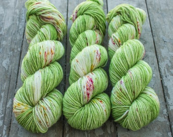 Worsted Weight Yarn, Hand Dyed, Speckled, Superwash Merino, Hand Dyed Yarn 100 g/218 yds, Worsted Yarn- Ritsu *In Stock