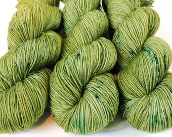 Sock Yarn, Hand Dyed, Speckled, Superwash Merino Nylon Fingering Weight 100 g 460 yards, Staple Sock - Mistletoe *In Stock