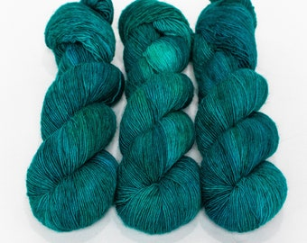 Fingering Yarn Singles Hand Dyed, Semi Solid, Superwash Merino, Fingering Weight Hand Dyed 100g, Shire Singles - Serenity *In Stock