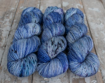 MCN DK Yarn, Speckled Hand Dyed, Superwash Merino Cashmere Nylon, Double Knitting, Bliss MCN dk, 100g 231 yds - Neptune *In Stock