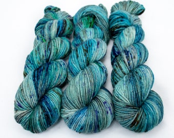 MCN DK Yarn, Speckled Hand Dyed, Superwash Merino Cashmere Nylon, Double Knitting, Bliss MCN dk, 100g 231 yds - Wildflower 2020 *In Stoc