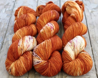 Sport Weight Yarn, Hand Dyed, Speckled, Superwash Merino, 100 g 325 yds, Super Squishy Sport Superwash- Nothing Rhymes With Orange *In Stock