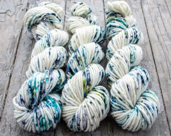 Super Bulky Yarn Merino Nylon, Hand Dyed Yarn, Speckled Yarn, Single Ply, Superwash Hand Dyed, Maizy Super Bulky - By The Sea Shore *In Stoc