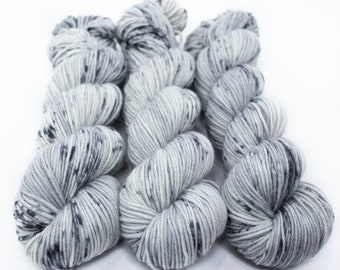 MCN DK Yarn, Speckled Hand Dyed, Superwash Merino Cashmere Nylon, Double Knitting, Bliss MCN dk, 100g 231 yds - Ghost *In Stock