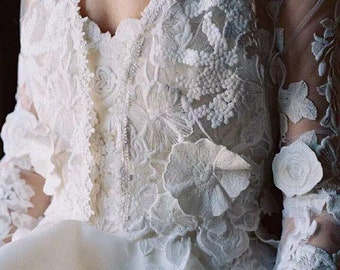 Beautiful 3D venice lace applique in ivory for bridal gown, wedding dress straps