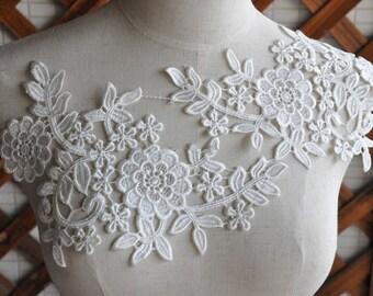 SALE White venice lace applique pair in ivory, bridal veil lace applique