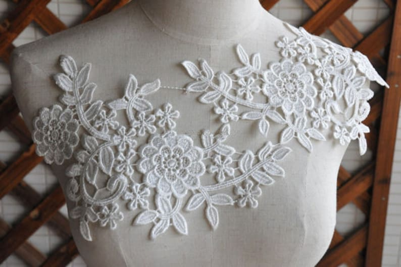 SALE White venice lace applique pair in ivory bridal veil image 0