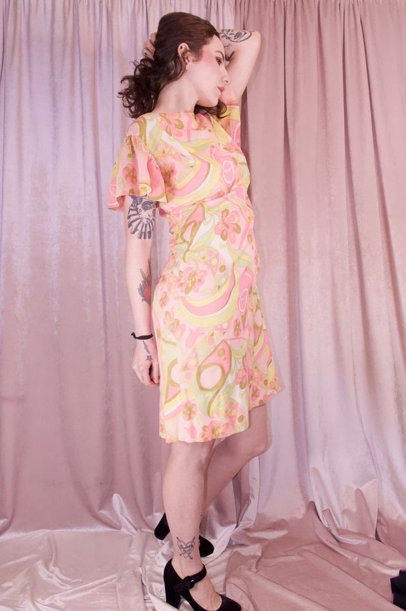 60's Psychedelic Print Pastel Dress - Ruffle slee… - image 10