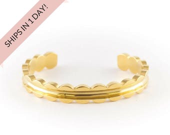 SCALLOPED Bracelet Cuff in GOLD, Stainless Steel or Brass,