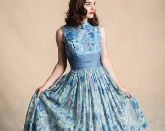 Vintage 1950s/early 60s full skirt party dress / Mad Men / watercolor floral / crinoline / Betty Draper / size S