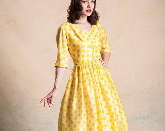 Vintage 1950s yellow raw silk dress with orange polka dots / Carol Craig New York / full skirt / bows / 3/4 dolman sleeves / size S/M