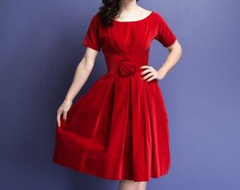 Vintage 1950s red velvet party dress / rosette detail / full pleated skirt / built in crinoline / gathered bust / Valentine's / VLV / size S