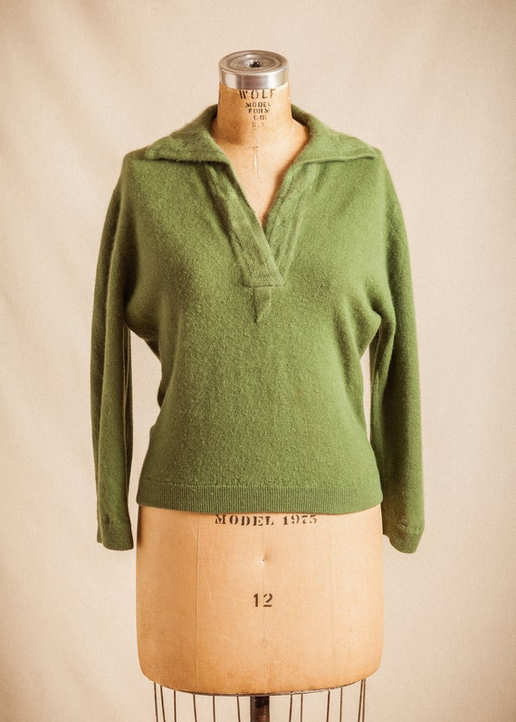 1950s green angora and wool cropped sweater  // Da