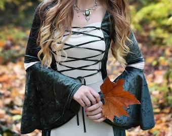 Medieval dress. Elf dress. Elven dress. Green dress. Fantasy dress. Elf clothing. Elven clothing. Fantasy clothing. Medieval clothing