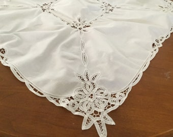 Fabulous Lace Tablecloth Etsy Home Interior And Landscaping Fragforummapetitesourisinfo
