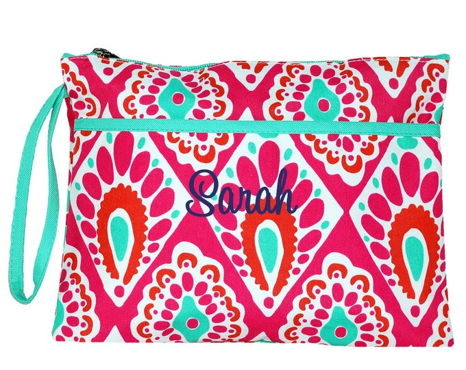 Monogrammed Wristlet   Personalized Wristlet   Small Hand Bag   Travel Wallet   Womens Wallet   Pink Zippered Pouch   Beachy Keen Clutch