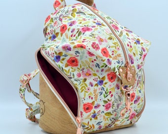 READY TO GO Cotton bag with flower pattern on an off-white background, natural cork. Backpack, Cork leather base, Vegan, eco-friendly