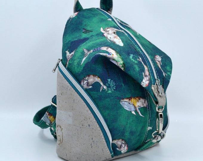 READY TO GO Canva bag with a motif of marine animals and pale gray cork. Backpack, Cork leather base, Vegan, eco-friendly