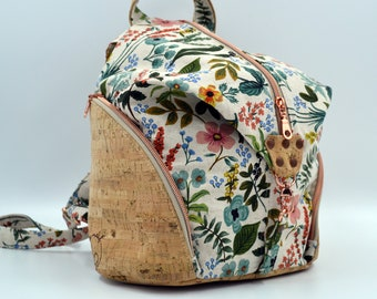 TO DE TO DE Cotton bag with floral patterns and natural cork. Backpack, Cork leather base, Vegan, eco-friendly