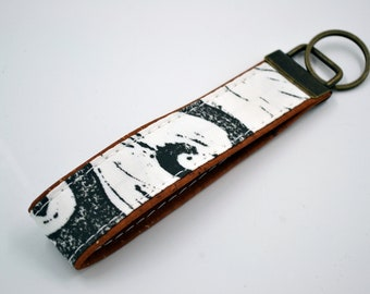 Black and white wave patterned cotton keyring with cognac cork, keyring, kit, strap