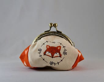 Fox-patterned cotton coin holder, brushed metal clasp, silver purse, clutch