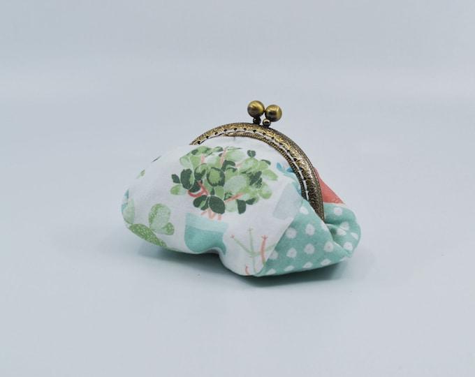 Vintage cactus change purse 100% cotton with metal claps – coin purse – change purse – kisslock purse – money wallet