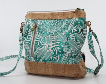 COMMANDE Sturdy cotton bag with turquoise patterns. Cork leather base, Vegan, eco-friendly