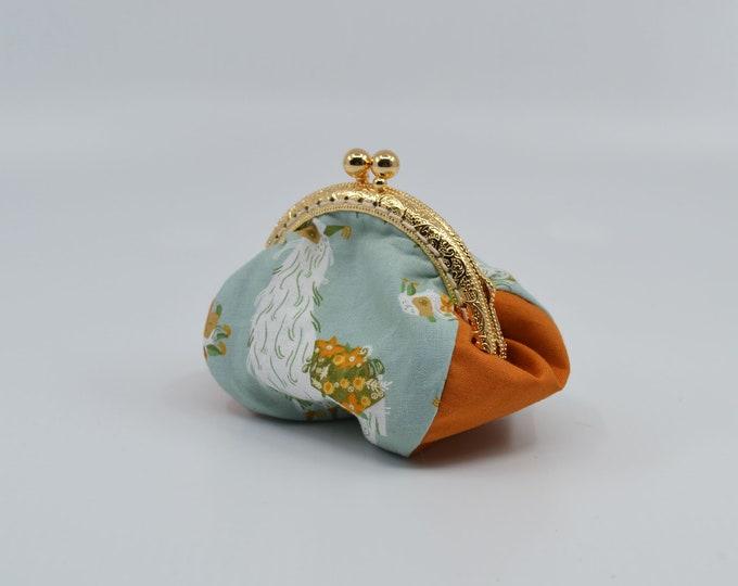 Vintage lama change purse 100% cotton with metal claps – coin purse – change purse – kisslock purse – money wallet