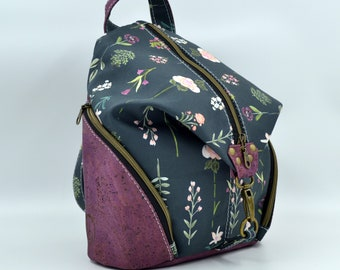 COMMANDE Cotton bag with a delicate flower pattern and purple cork. Backpack, Cork leather base, Vegan, eco-friendly